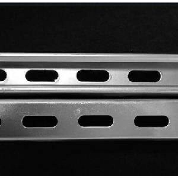 Q235 Equivalent Angle Mild Carbon Steel Galvanized Angle Bar A36 Equal and Unequal Hot Rolled Slotted Mild Carbon Angle Steel Bar with Hole Building Materials #1 image